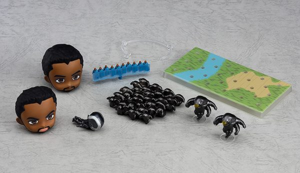 Nendoroid Black Panther- Infinity Edition DX Ver. 12