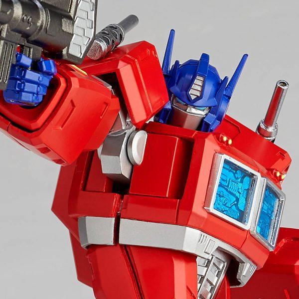 Transformers Amazing Yamaguchi 014 Convoy 01